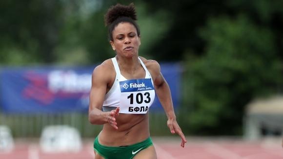 Карин Околие втора на 100 и 200 м в Испания