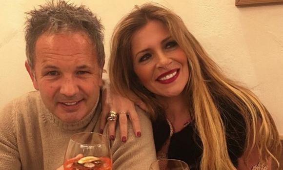 """Синиша Михайлович и съпругата му италианка лудуват с """"Сiganin sam al najlepsi"""""""