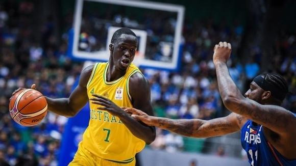 Масов бой с НБА участие прекъсна световна квалификация (видео)