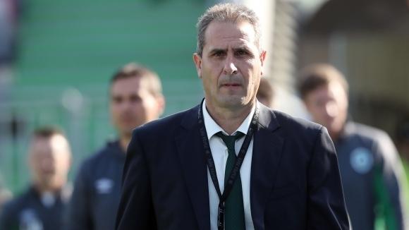 Херо на крачка от нов отбор, води на място преговори