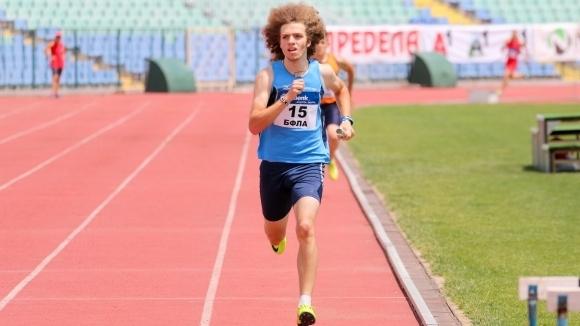 Веселин Живков стигна полуфинал на 200 м на Европейското в Дьор