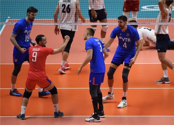 Русия удари и резервите на САЩ на финалите в Лил (видео + снимки)