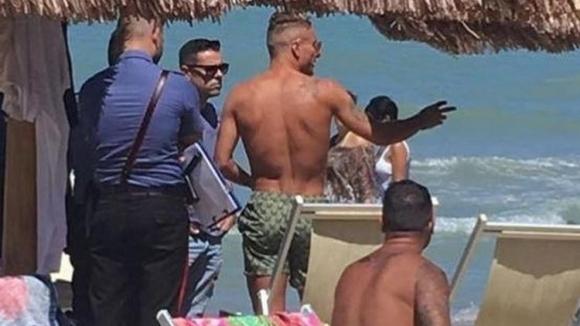 Ултрас нападнал Имобиле на плажа