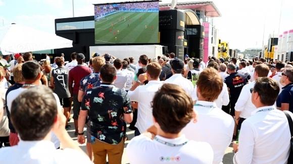 Просташката страна на английските футболни фенове