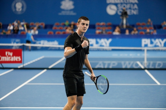 Александър Лазаров отпадна на четвъртфиналите в Австрия