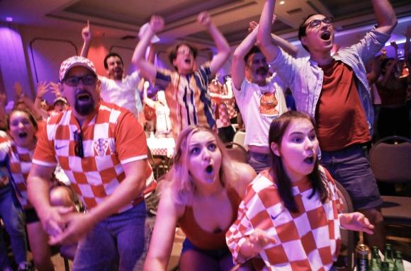 Хърватите се хвърлили да купуват снаксове и телевизори