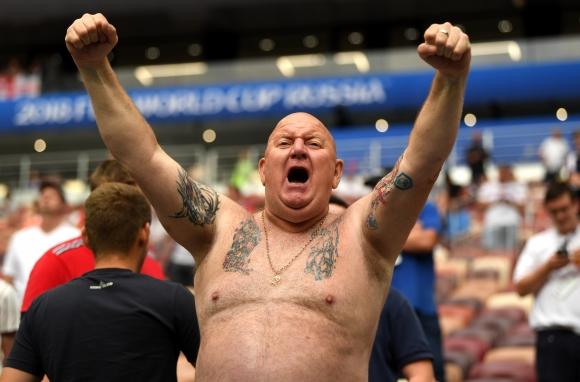 ФИФА разследва поведението на запалянковци на Англия по време на двубоя с Хърватия от Мондиал 2018