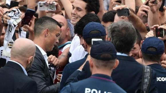 Феновете на Юве в един глас: Кристиано, донеси ни Шампионска лига!