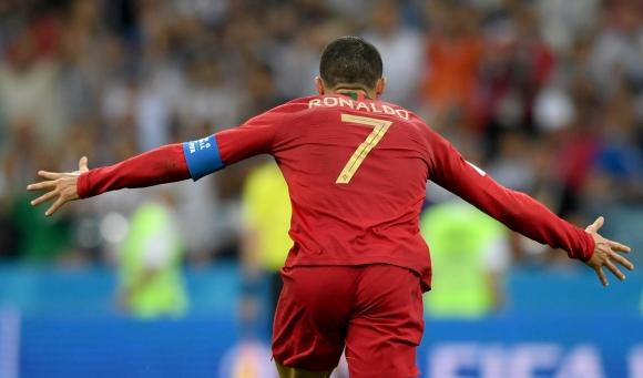 Никой не изпревари Кристиано Роналдо на Мондиала
