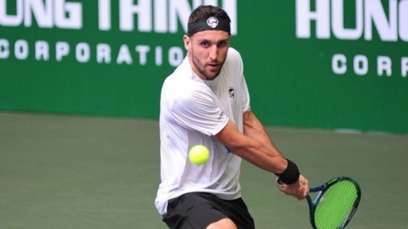 Васко Младенов стигна полуфиналите в Тунис