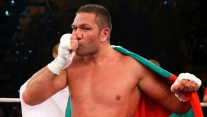 """Кобрата боксира за 10 млн. долара и трофея """"Мохамед Али""""?"""