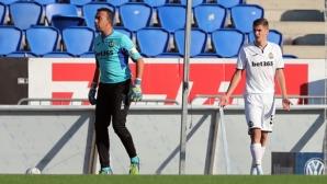 Георги Петков на линия за мача с Хайдук