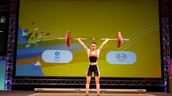 Еврошампионката Ивана Петрова получи награда от областния управител на Търговище