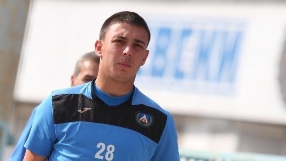 """Акрапович се отказа от """"син"""" юноша"""