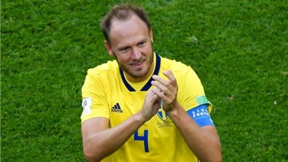 Капитанът на Швеция продължава поне до Евро 2020