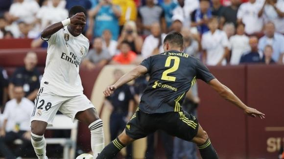 Кристиано Роналдо щял да търка пейката в Реал  заради Винисиус