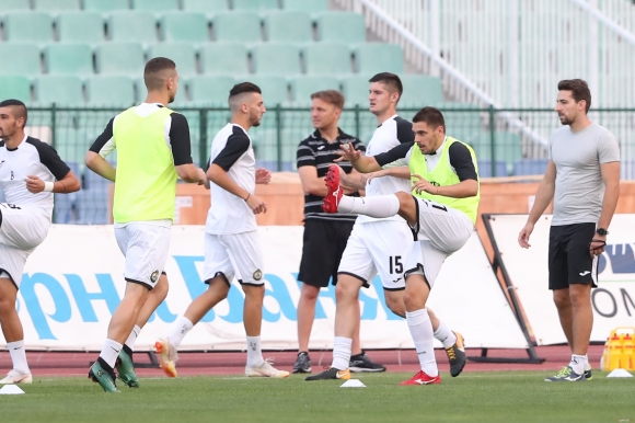 Загорчич обяви избраниците си за мача с ЦСКА-София