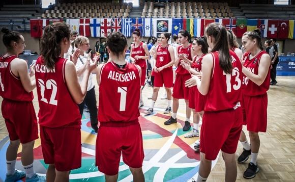 България завърши със загуба от Исландия европейското първенство за девойки до 18 г.