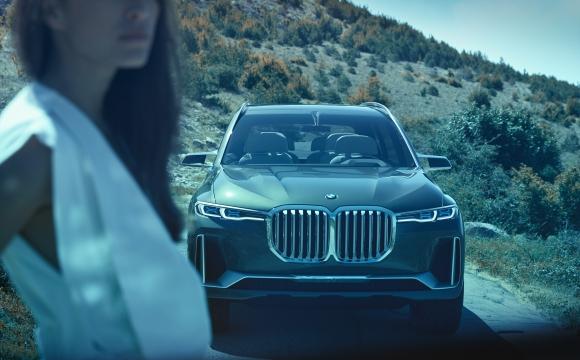 Новото BMW X7 преминава изпитания в екстремни условия (видео)