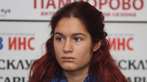 Мария Делчева стартира с победа в София, Габи Стоева достигна до...