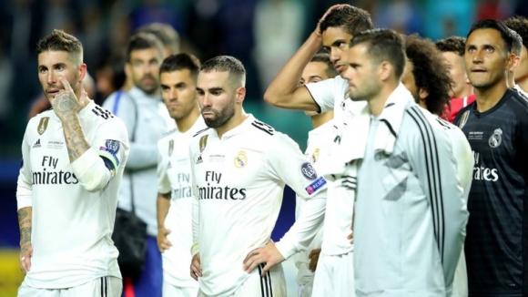 Подаръците и смените посяха съмненията у Реал Мадрид