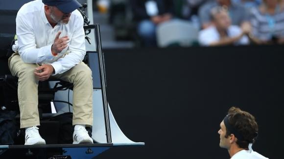 Федерер се скара на съдията на стола, той му се извини (видео)