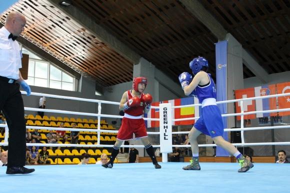 Родните боксьори научиха съперниците си за световното за младежи