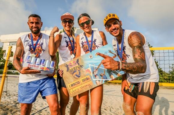 Отбор от Варна е големият шампион по плажен волейбол в турнир за четворки Red Bull BEAT4