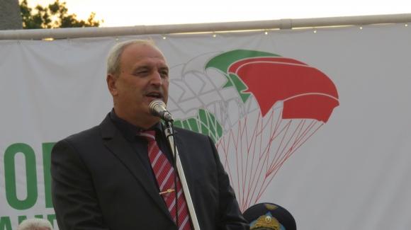 Заместник-министър Андонов бе гост на откриването на световното първенство по парашутизъм