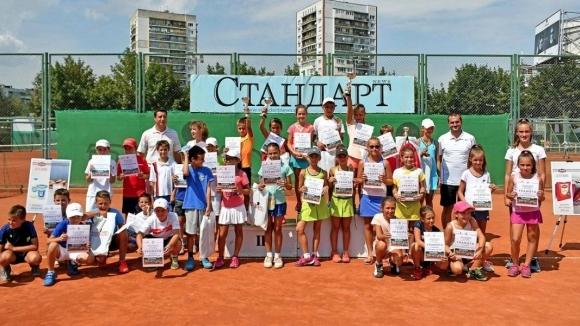 Иван Иванов и Златина Ангелова са шампиони на Мастърса за 10-годишните таланти
