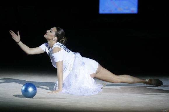 Рени Камберова ще учи децата да спортуват