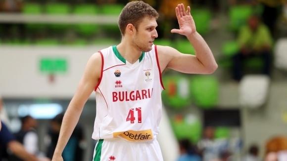 Везенков дебютира за новия си отбор