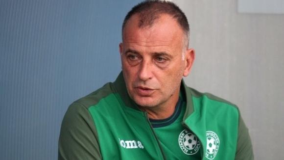 Антони Здравков се надява на достойно представяне срещу Франция