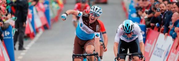 Александър Жение спечели 12-ия етап от Вуелтата, испанец е новият лидер (видео)