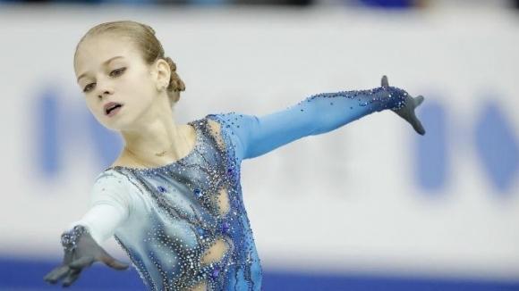 Световната шампионка за девойки Александра Трусова постави нов рекорд