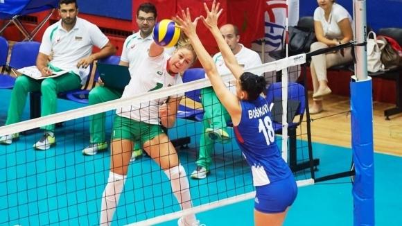 България падна от Сърбия пред 3000 зрители във втората контрола (снимки)