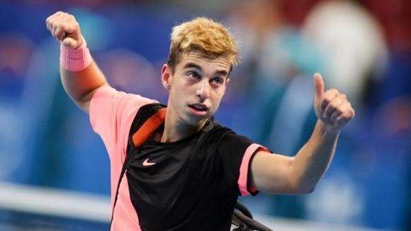 Адриан Андреев достигна до полуфиналите на юношеския US Open