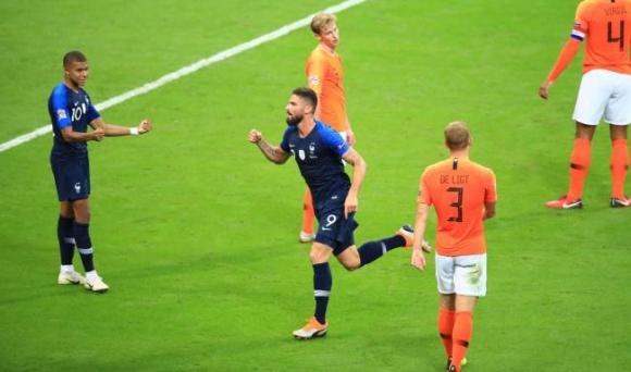 """Франция удари Холандия на """"Стад дьо Франс"""" (видео)"""