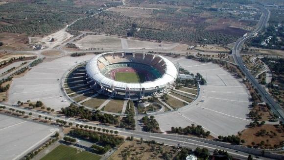 Скандали и полиция на един от най-известните стадиони в Италия
