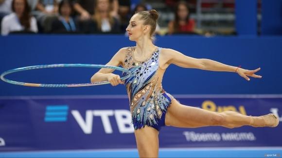 Боряна Калейн остана в подножието на медалите в първия финал на Световното в София (видео + галерия)
