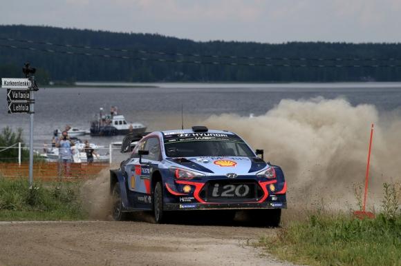 Лидерът във WRC удължи договора си с Hyundai