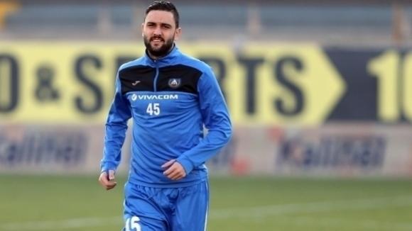 Божинов призна за нов бомбастичен трансфер във Враца - Ботев чака Влади Гаджев