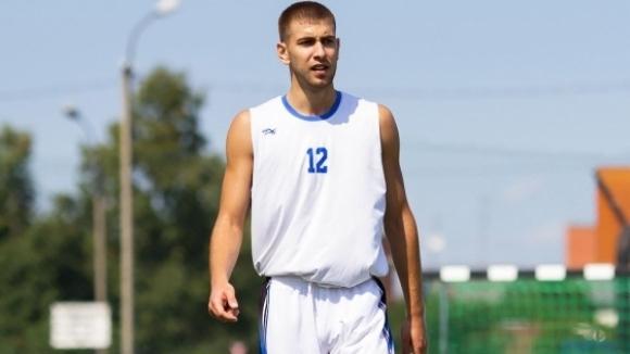 Алекс Симеонов ще играе в Исландия