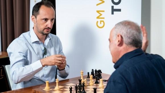 Джентълменска проява на Каспаров срещу Топалов възхити шахматния свят