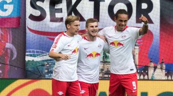 """Наплашените от УЕФА """"червени бикове"""" взеха първа победа"""