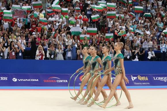 Гимнастичките от ансамбъла: Много сме щастливи, беше удоволствие да играем пред тази публика