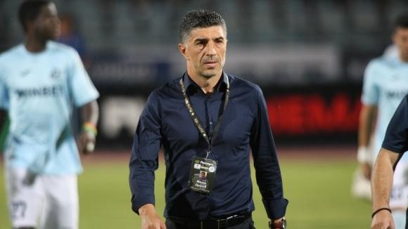 Падна още една треньорска глава в Първа лига