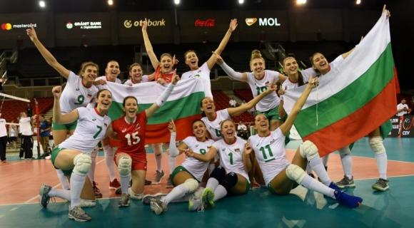 """Волейболистките на България загряха за Световното с победа над """"чайки"""""""