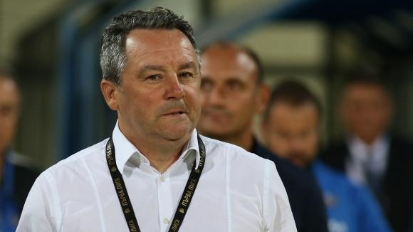 Стоянович: На моменти губим концентрация, Купата е цел за Левски