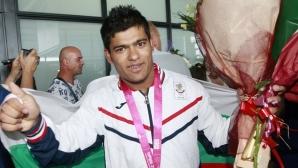 Олимпийски шампион върнат в националния по щанги след 2-годишно изгнание